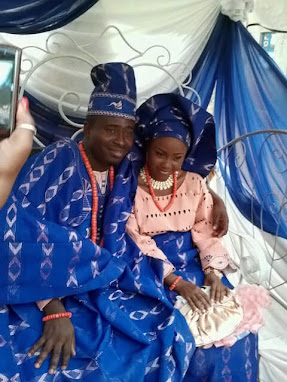 traditional wedding, blue and peach