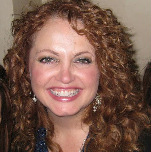 Lisa Raven