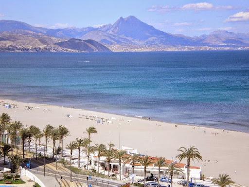 Venta de piso en playa san juan alicante las sirenas for Pisos en san juan de alicante
