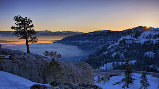 Donner Lake at Sunrise, California.jpg