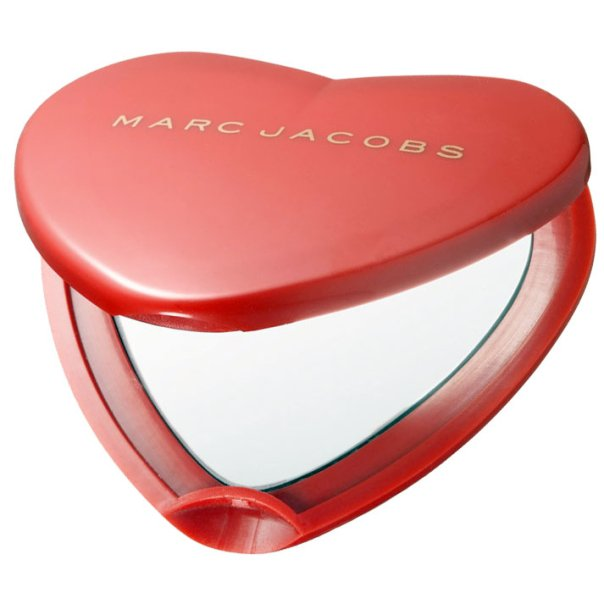 Marc By Marc Jacobs Red Heart Compact