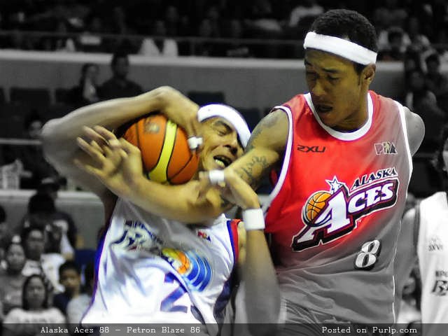 PBA Philippine Cup 2012-13 - Alaska Aces vs Petron Blaze - Result - 10-19-2012