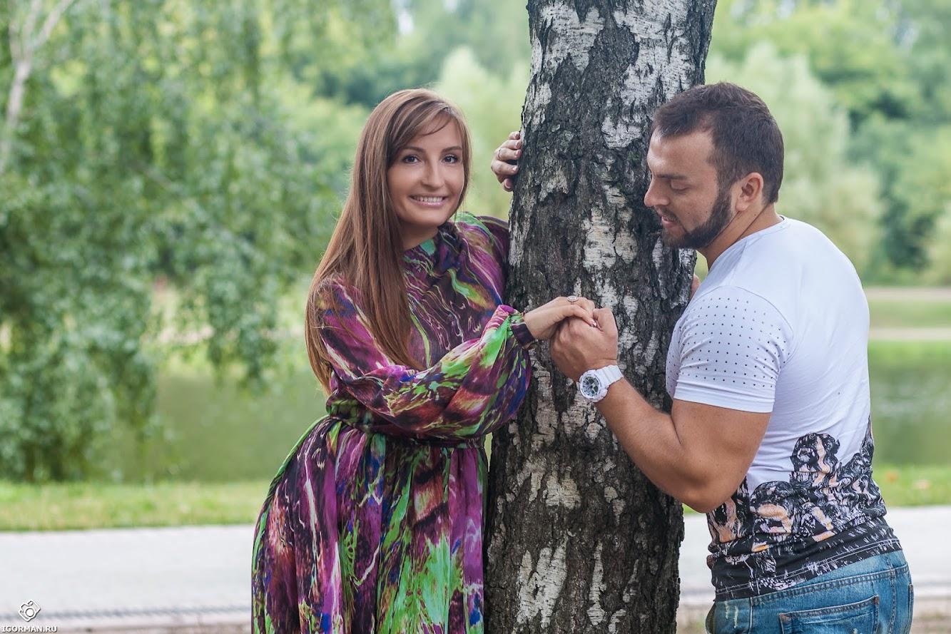 Романтическая фотосессия Love Story в Москве на природе