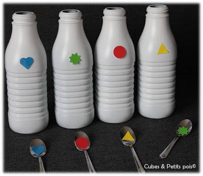 jeu-reconnaissance-enfant-petites-cuillères-bouteille-de-lait