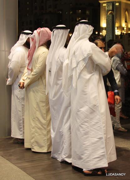 Нацанальные одежды арабов