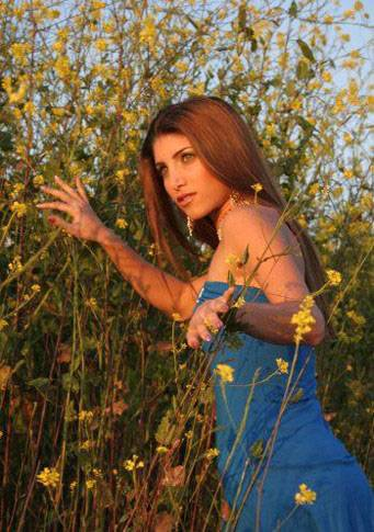 Persian Model Miriam Shenasi in flower