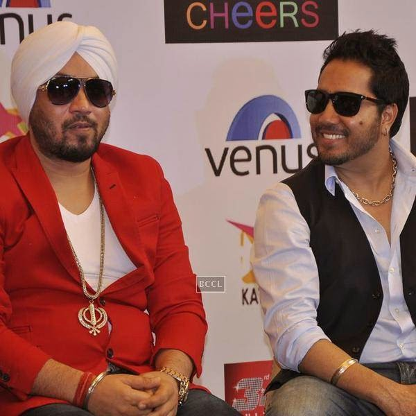 Dilbagh Singh and Mika Singh during the launch of music album The Victorian Secrets, in Mumbai, on July 21, 2014. (Pic: Viral Bhayani)