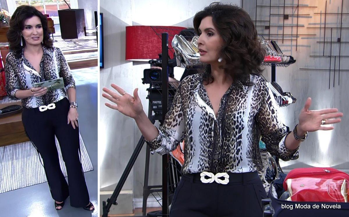 moda do programa Encontro - look da Fátima Bernardes com camisa animal print dia 17 de julho