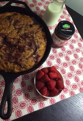 Śniadanie dżem zdrowe śniadanie  maliny siemię lniane