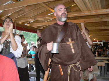 Greg Thompson as Friar Tuck at Mutton and Mead 2011