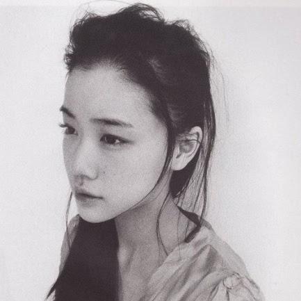 Yan Lin Photo 26