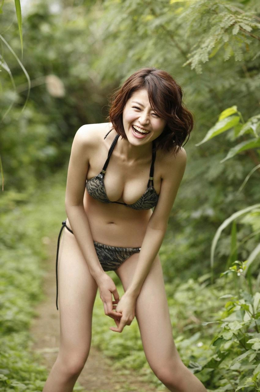 https://lh6.googleusercontent.com/-KuRA4ysGj8o/T-nUOCdECJI/AAAAAAAAIZ8/orpxEIIN1dQ/s0/l230_suzuki_chinami15.jpg