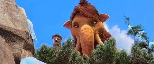 Screen Shot Of Hollywood Movie Ice Age 4: Continental Drift (2012) In Hindi English Full Movie Free Download And Watch Online at Alldownloads4u.Com