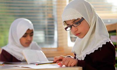 Sekolah yang Islami dapat menjadi pilihan dalam memilih sekolah untuk anak