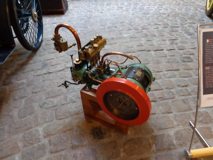 Musée de l'aventure Peugeot à Sochaux DSC01142