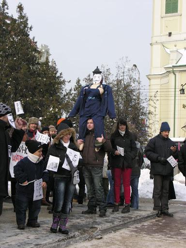 Femeia protestatar anti-Acta care a scandalizat Oradea #2