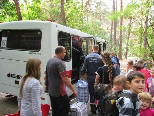 Житомирские спасатели помогли переселенцам переехать на новое место жительства. ФОТО