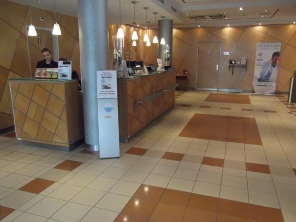 NH Hotels Groningen  reception