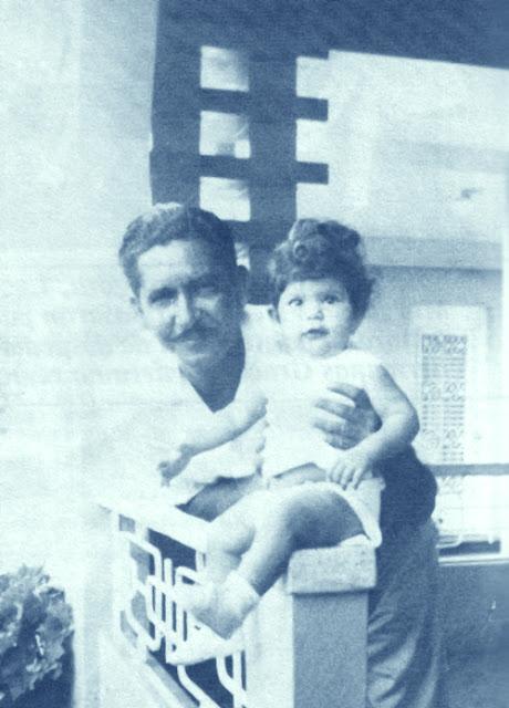 María Montez con su padre, el canario Isidoro Gracia García.