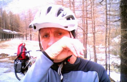 Chris: Pause beim Anstieg auf den Simplon-Pass, Schweiz