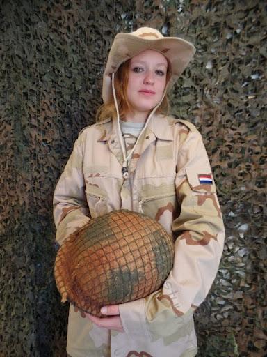 B leger vrouw1.jpg