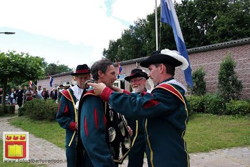 Koningschieten Sint Theobaldusgilde overloon 01-07-2012 (114).JPG