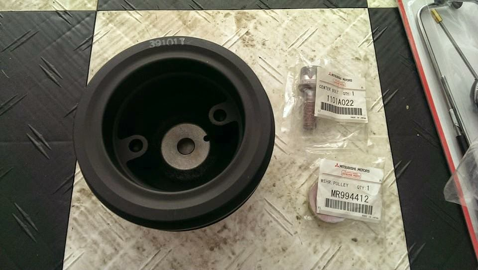 2001 Mitsubishi Montero Sport Crankshaft Pulley Bolt Car