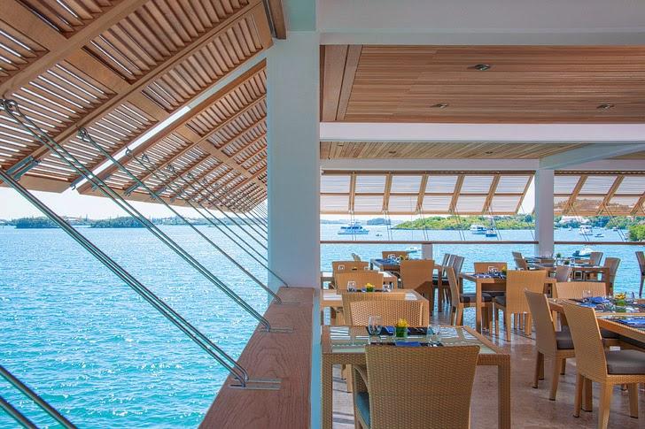 Fairmont Hamilton Bermuda Restaurant 1609.