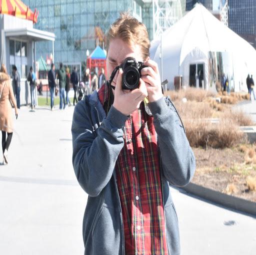 Evan Jones Photo 42