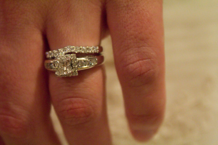 Efeford Weddings: Nice Ways To Style Up Your Engagement Ring