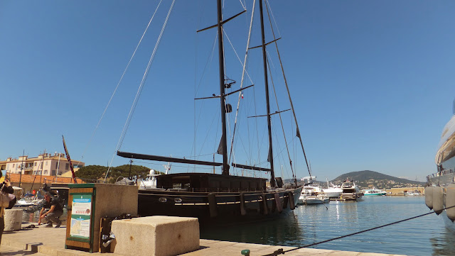 Port, Quai, Saint Tropez, Cote d´Azur, France, travel, Voyages, TravelBlogger
