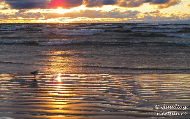 Apus de soare pe Lacul Huron.