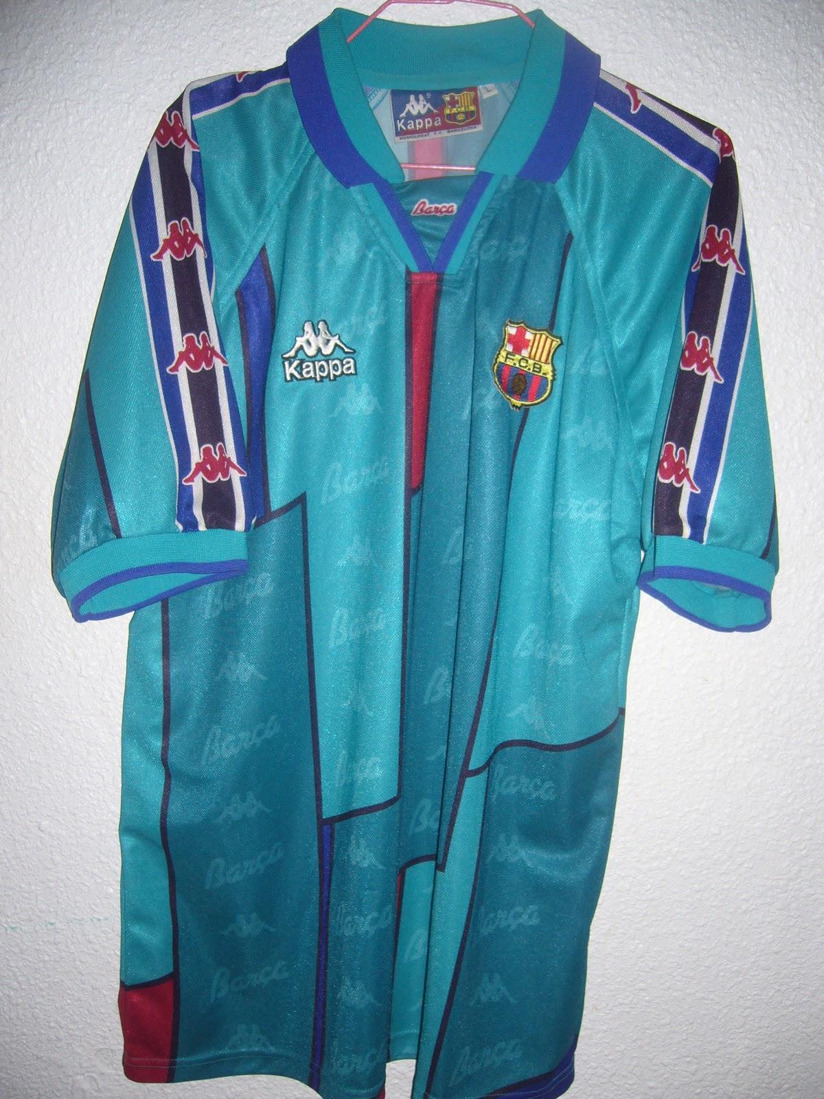 Equipo  F.C. Barcelona. Temporada  1995 1996 y 1996 1997. Marca  Kappa  Procedencia  La adquirí comprando un lote de varias camisetas en Internet. cfe055908fe02
