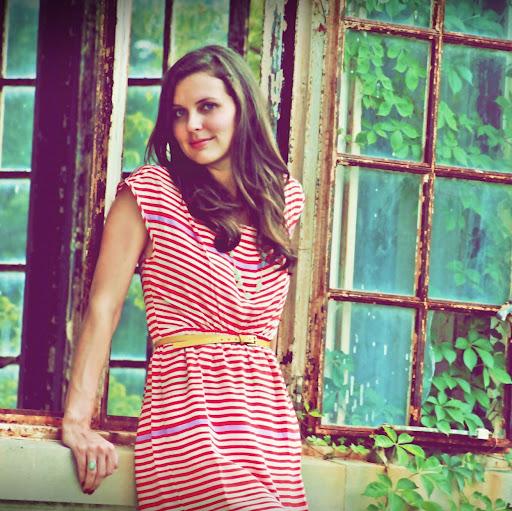 Kimberly Anderson Photo 41