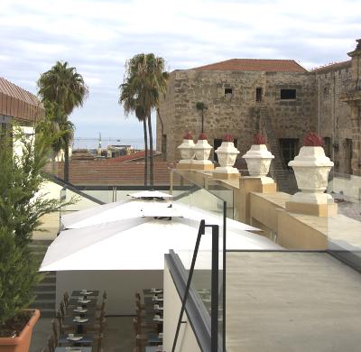 Sizilien - Palermo - Die Terasse der Obikà Mozzarella Bar auf dem Dach des Kaufhauses Rinascente.