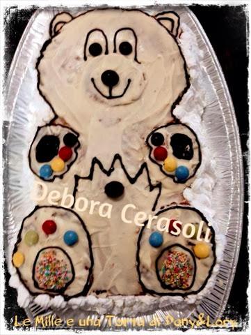 torta a forma di orsacchiotto