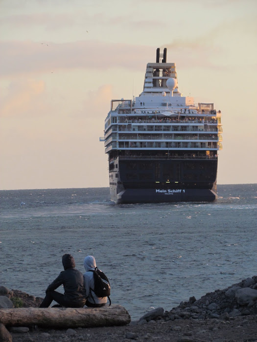 seing the cruise departure