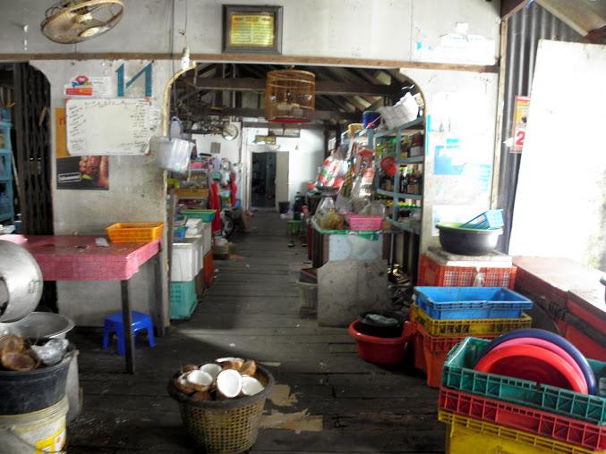 https://lh6.googleusercontent.com/-LZxrhQj5jPU/Up0JJDcKxYI/AAAAAAAAEO8/8nYjXAwJUG0/w677-h508-no/Tajlandia+2013+624.JPG