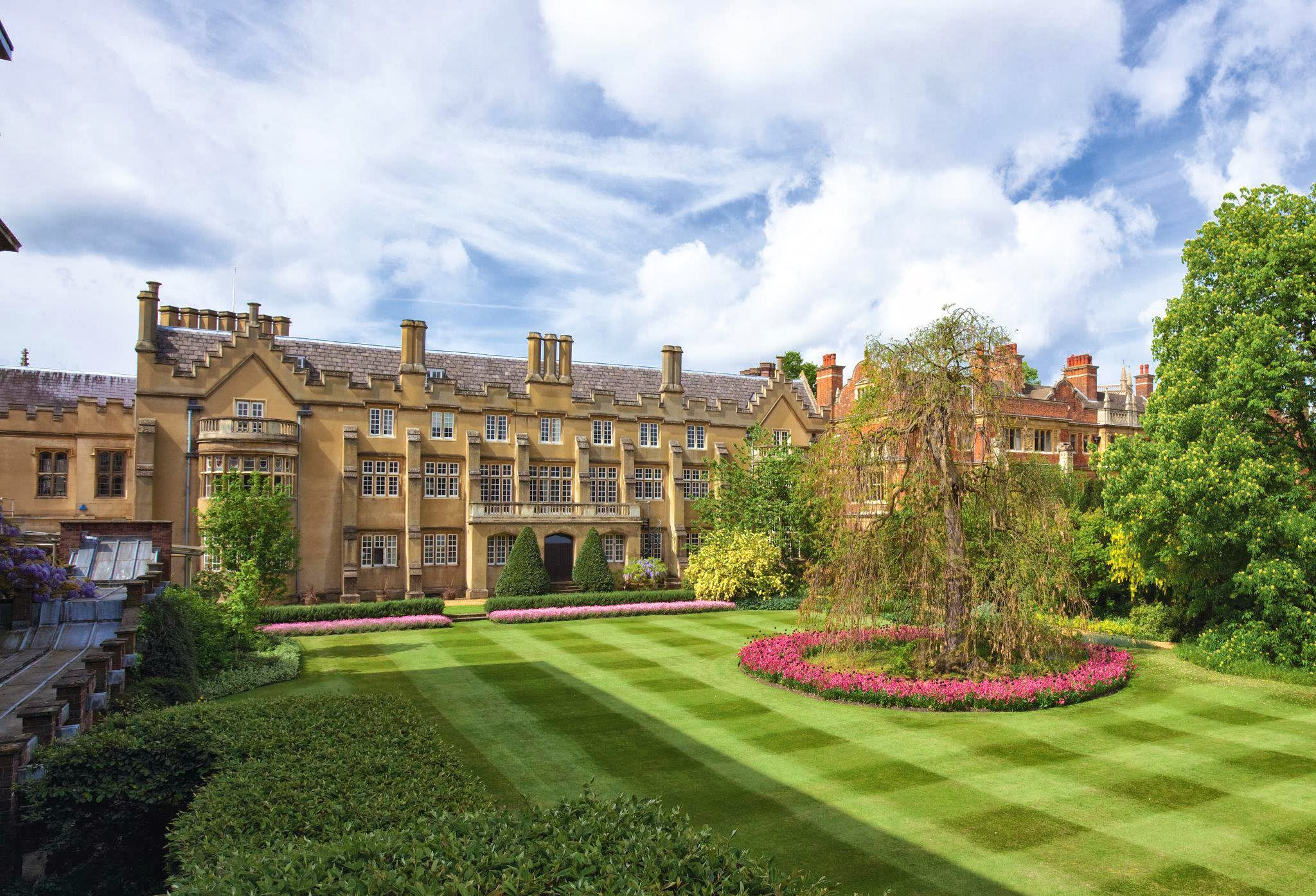 history and overview of the university of cambridge At cambridge we believe that creativity, curiosity and strong intellectual grounding are fundamental aspects of undergraduate architectural education.