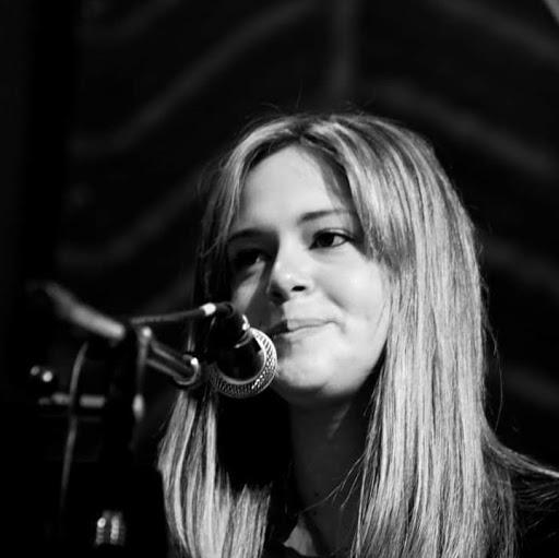 Victoria Klein Photo 24