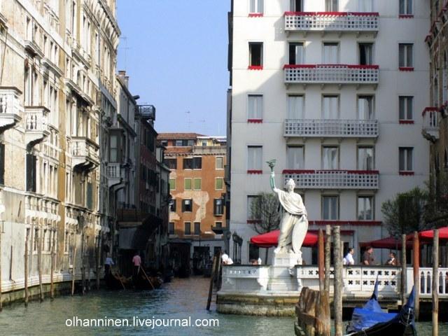 Гранд канал в Венеции и статуя Свободы