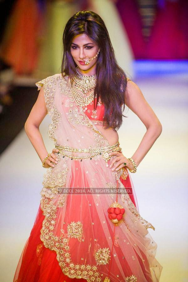 Chitrangada Singh walks the ramp for Moni Agarwal at IIJW at Grand Hyatt on 14th July 2014.