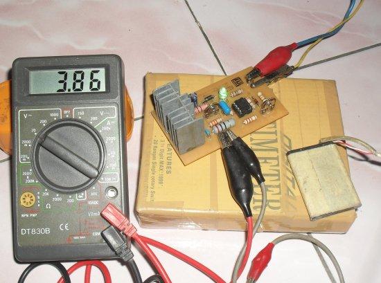 Pengisi Baterai beraksi