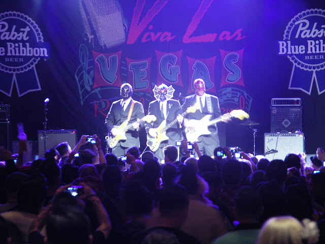 Los Straightjackets at the Viva Las Vegas Rockabilly Weekend #14