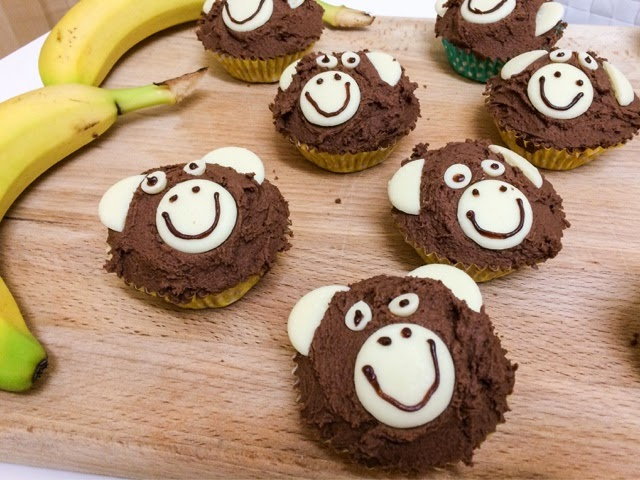 banana-and-chocolate-cupcakes