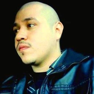 Eric Mendez Photo 34