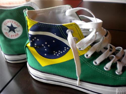 Inspiração Brasil - tênis All Star Converse com bandeira dos Estados Unidos