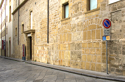Sizilien - Palermo - Eingang der Galleria d'Arte Moderna, des Museums für Moderne Kunst.