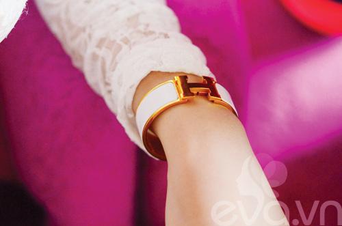 Tủ đồ sắc đẹp trong túi Angela Phương Trinh - 16