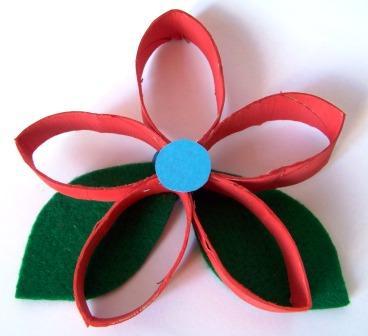 Mamma giochiamo lavoretti di primavera fiore con rotolo for Lavoretti di primavera